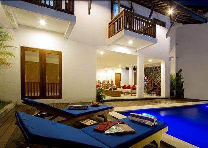 Delu Villas & Suites Vila