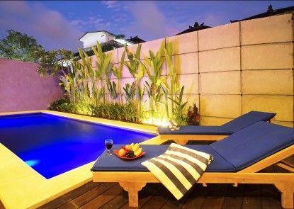 Delu Villas & Suites Kolam Renang Pribadi