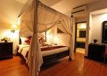 Pesan Kamar Deluxe Chalet di Puri Saron Seminyak Hotel