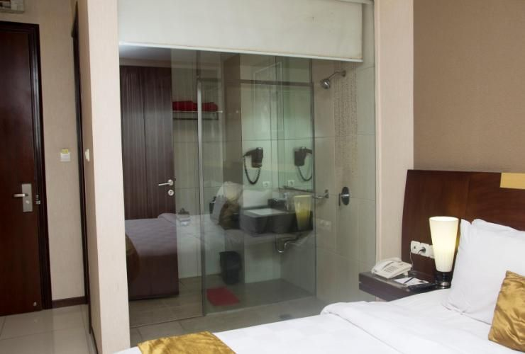 Scarlet Dago Hotel, Bandung