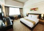 Pesan Kamar Kamar Deluxe King di Orchardz Jayakarta Hotel