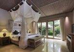 Pesan Kamar Deluxe di Puri Sunia Resort Ubud