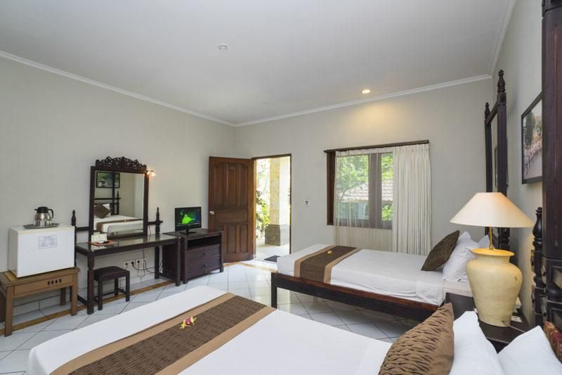 Legian Village Beach Hotel, Badung