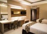 Pesan Kamar Deluxe Room Twin Bed di Novena Hotel