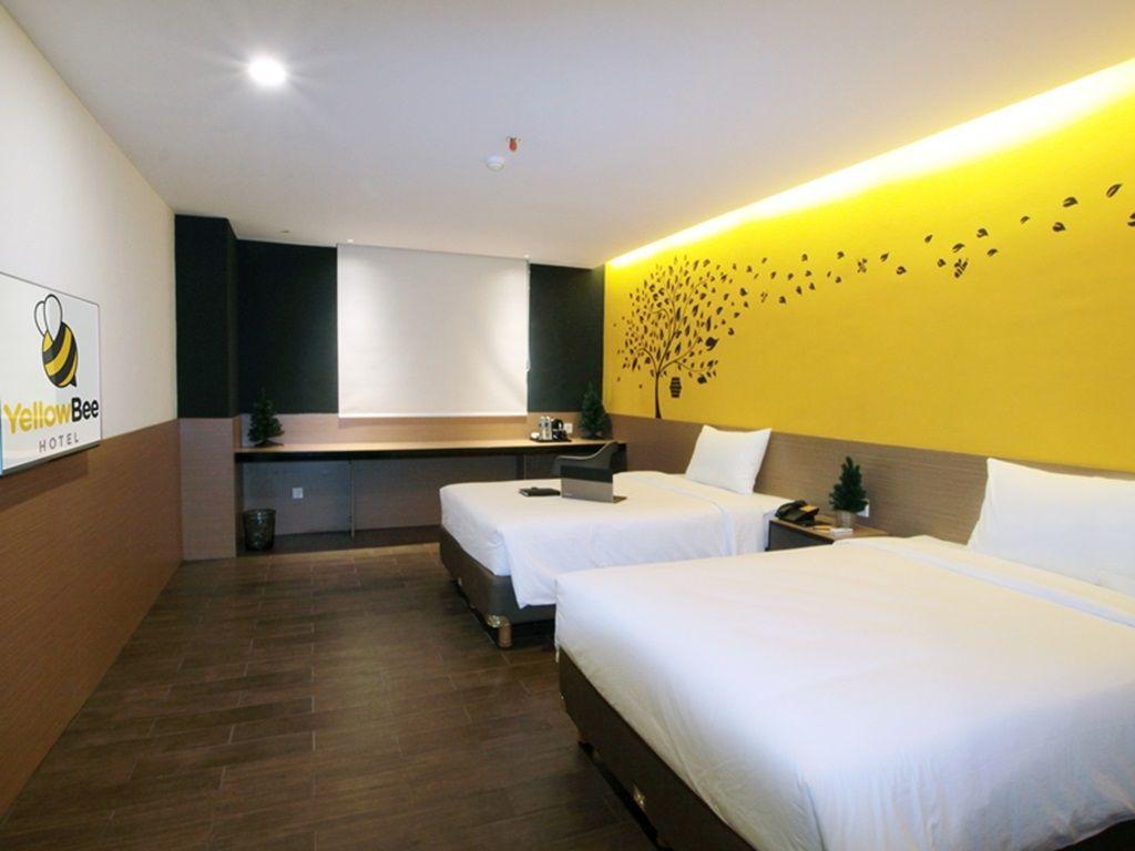 Yellow Bee Hotel - Tangerang, Tangerang