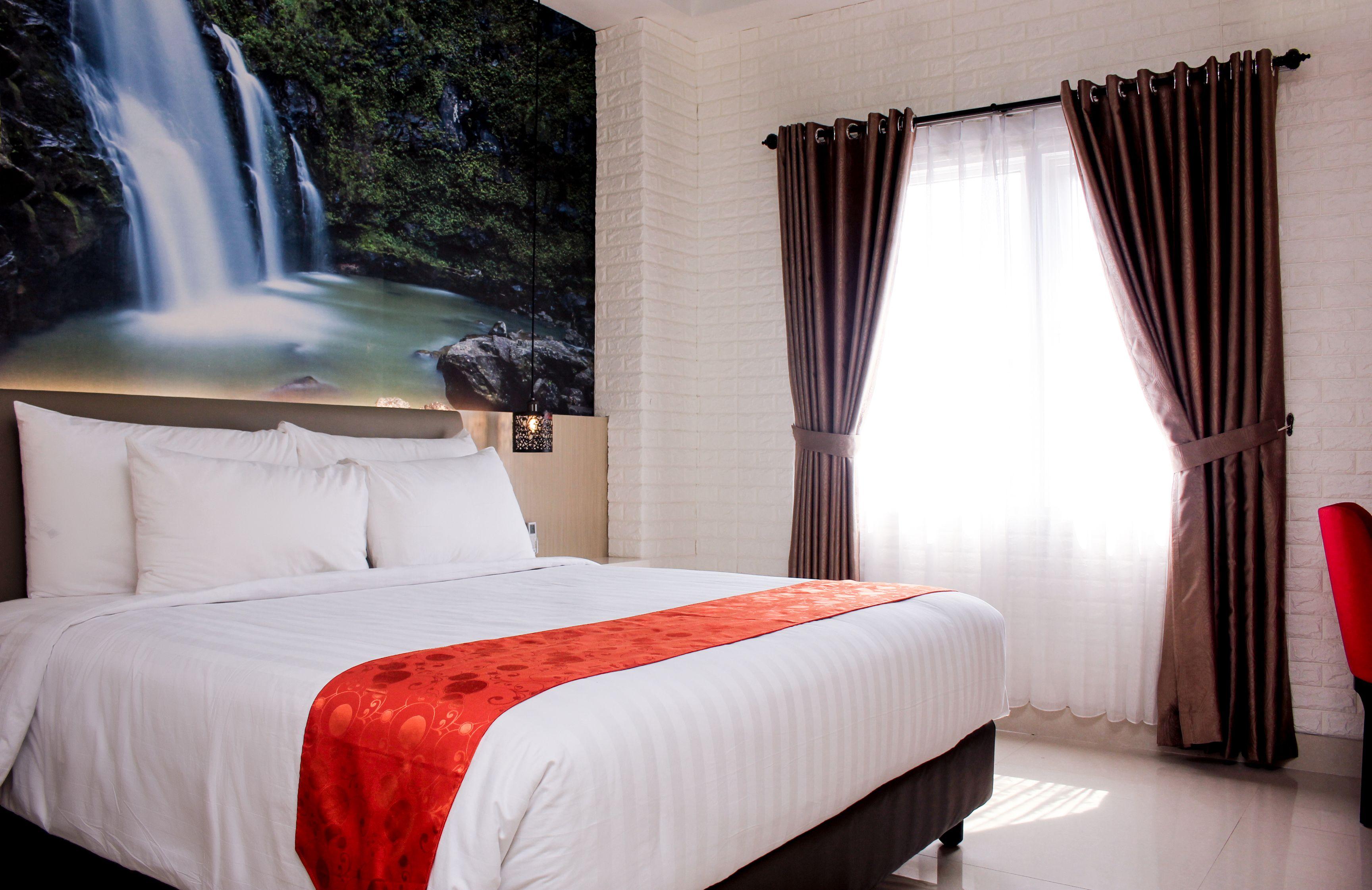 Premiere Hotel Tegal, Tegal