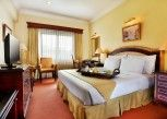 Pesan Kamar Deluxe King  di Blue Sky Pandurata Hotel Cikini