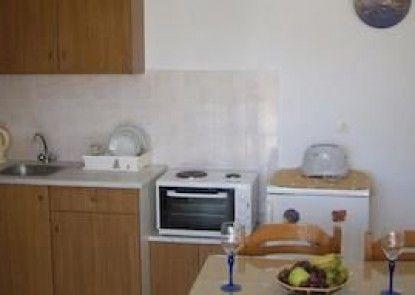 Demis Apartments