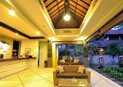 DeMunut Balinese Resort Lobby