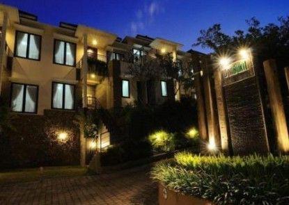 DenBukit Residence & Suites Eksterior