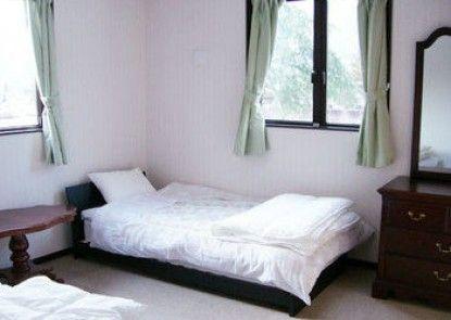 DEN\'S INN - Hostel