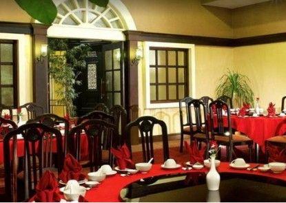 De Rivier Hotel Rumah Makan