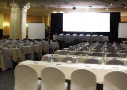 De Rivier Hotel Ruangan Meeting