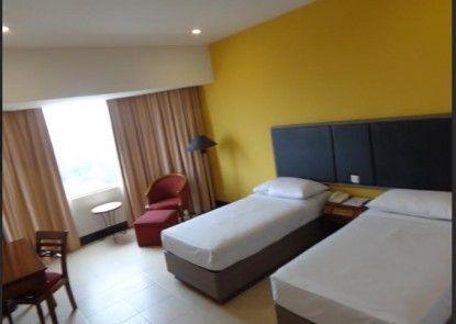 De Rivier Hotel Kamar Tamu