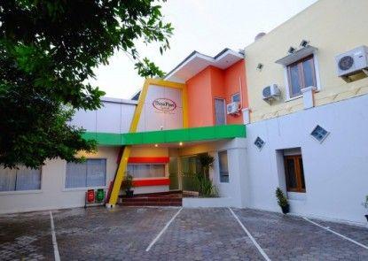 Desa Puri Syariah Hotel Teras