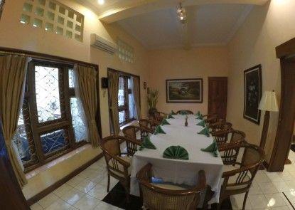 De Solo Boutique Hotel & Restaurant Teras