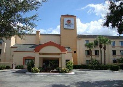 Destiny Palms Hotel Maingate West