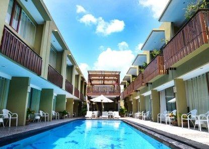 Devata Suite and Residence Kolam Renang