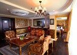 Pesan Kamar Diamond Suite di Amos Cozy Hotel Melawai