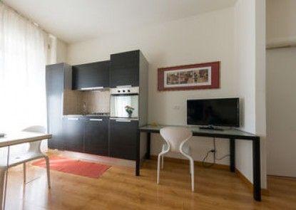 Dietro Piazza Apartments