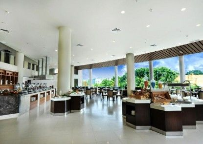 Discovery Hotel & Convention Ancol Rumah Makan