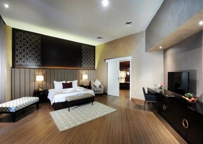 Discovery Hotel & Convention Ancol Ruangan Suite