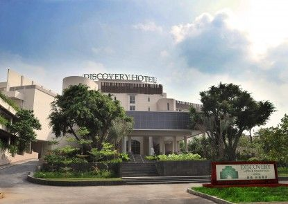 Discovery Hotel & Convention Ancol Eksterior