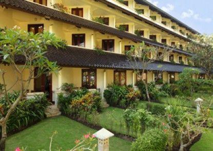 Discovery Kartika Plaza Hotel Eksterior