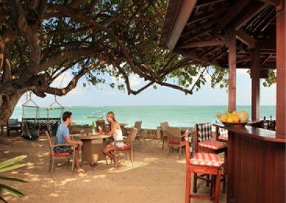 Discovery Kartika Plaza Hotel Pantai