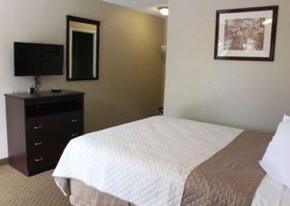 Dogwood Inn & Suites