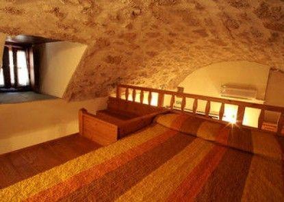 Dorovinis Monemvasia Castlehouses