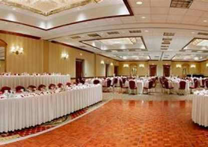 DoubleTree by Hilton Chicago - Alsip