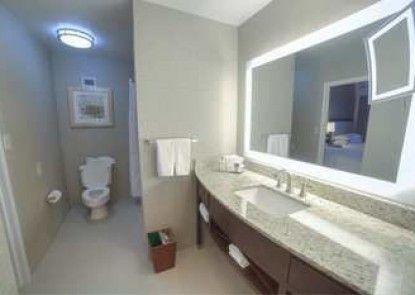 DoubleTree Suites by Hilton Atlanta - Galleria