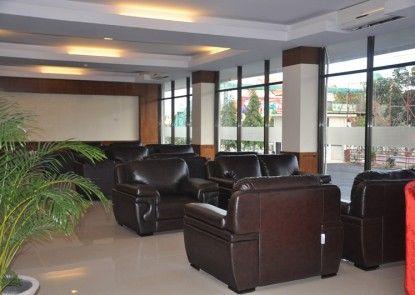 Hotel Mekkah Banda Aceh Lobby