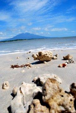 Pantai Merak Belantung
