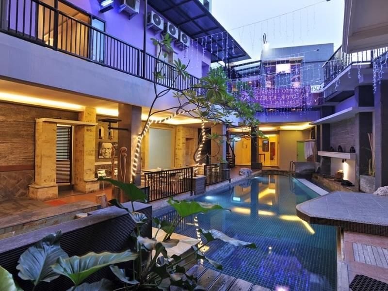 D Season Hotel Surabaya, Surabaya