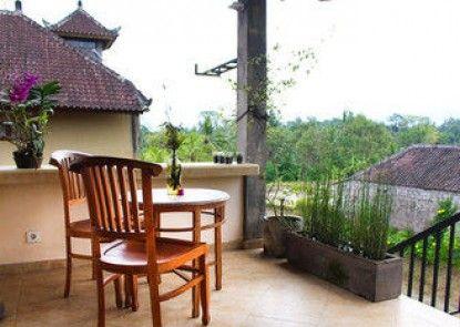 Dukuh Village Homestay & Villas Teras