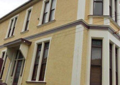 Dunedin Lodge