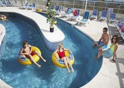 Dunes Village Resort Teras