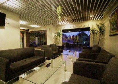 Durian Condotel Suite Lobby