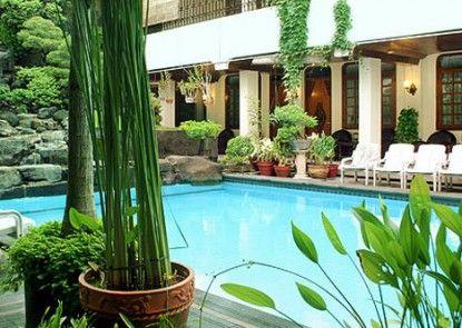 Duta Garden Hotel Pemandangan