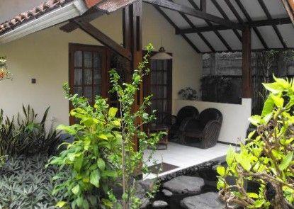 Duta Garden Hotel Teras
