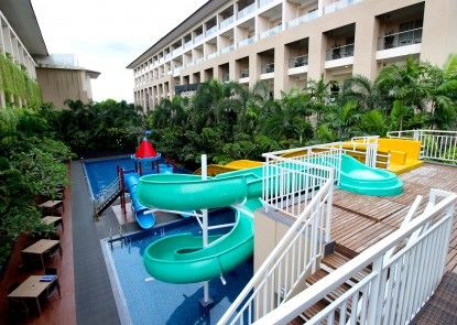 Eastparc Hotel Yogyakarta Kolam Renang