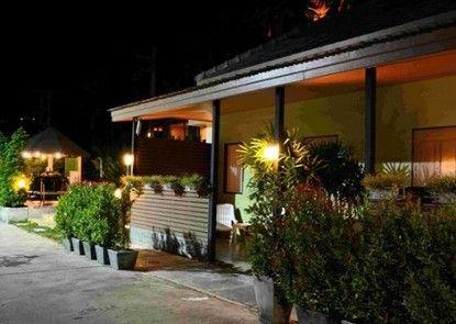Eazy Resort