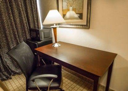 Econo Lodge Inn & Suites Old Saybrook Westbrook