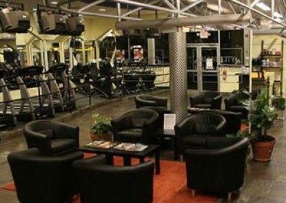 Ed Lugo Resort Teras
