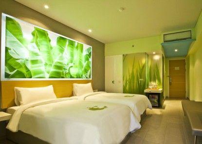 EDEN Hotel Kuta Bali Kamar Tamu
