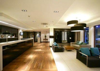 Edinburgh Capital Hotel