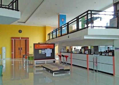 EDU Hostel Lobby