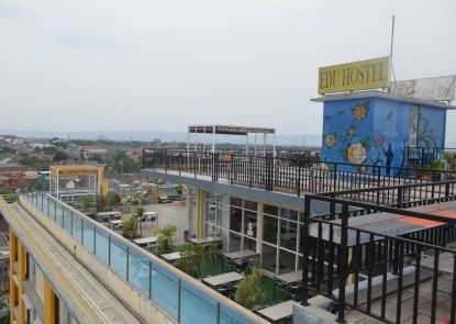 EDU Hostel Teras